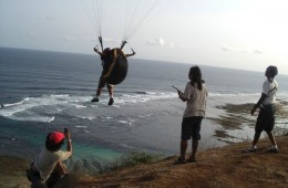 bali-paraglider-lessons-couses-and-flying