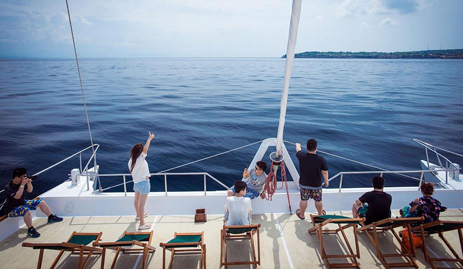 161110_2035270385_daylight_cruise_bannerinside8