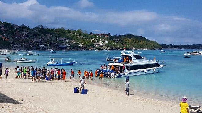 Glory-Fast-Boat-to-Nusa-Lembongan